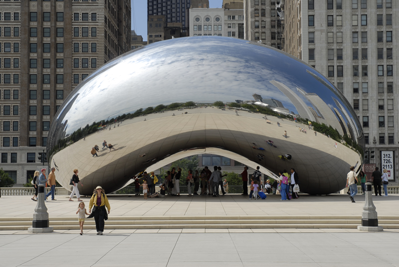 Cloud Gate   (nicknamed 'The Bean') in Chicago, IL, by    Anish Kapoor   .
