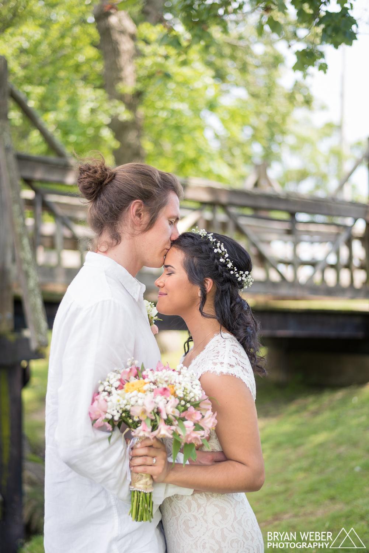 Sam and Melissa - Forehead Kiss -1.jpg