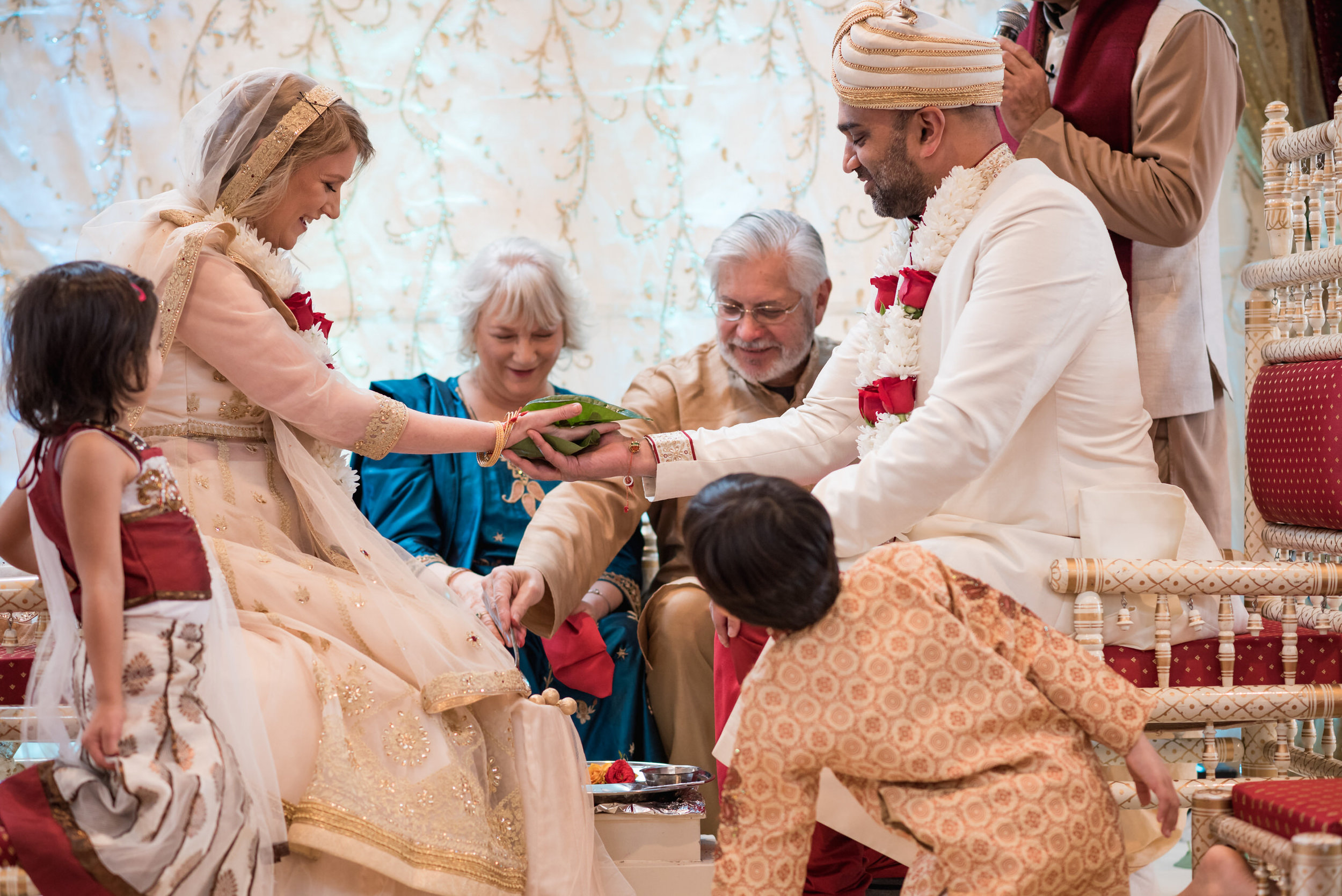 Rebecca_&_Tap_Wedding_Highlights-31.jpg