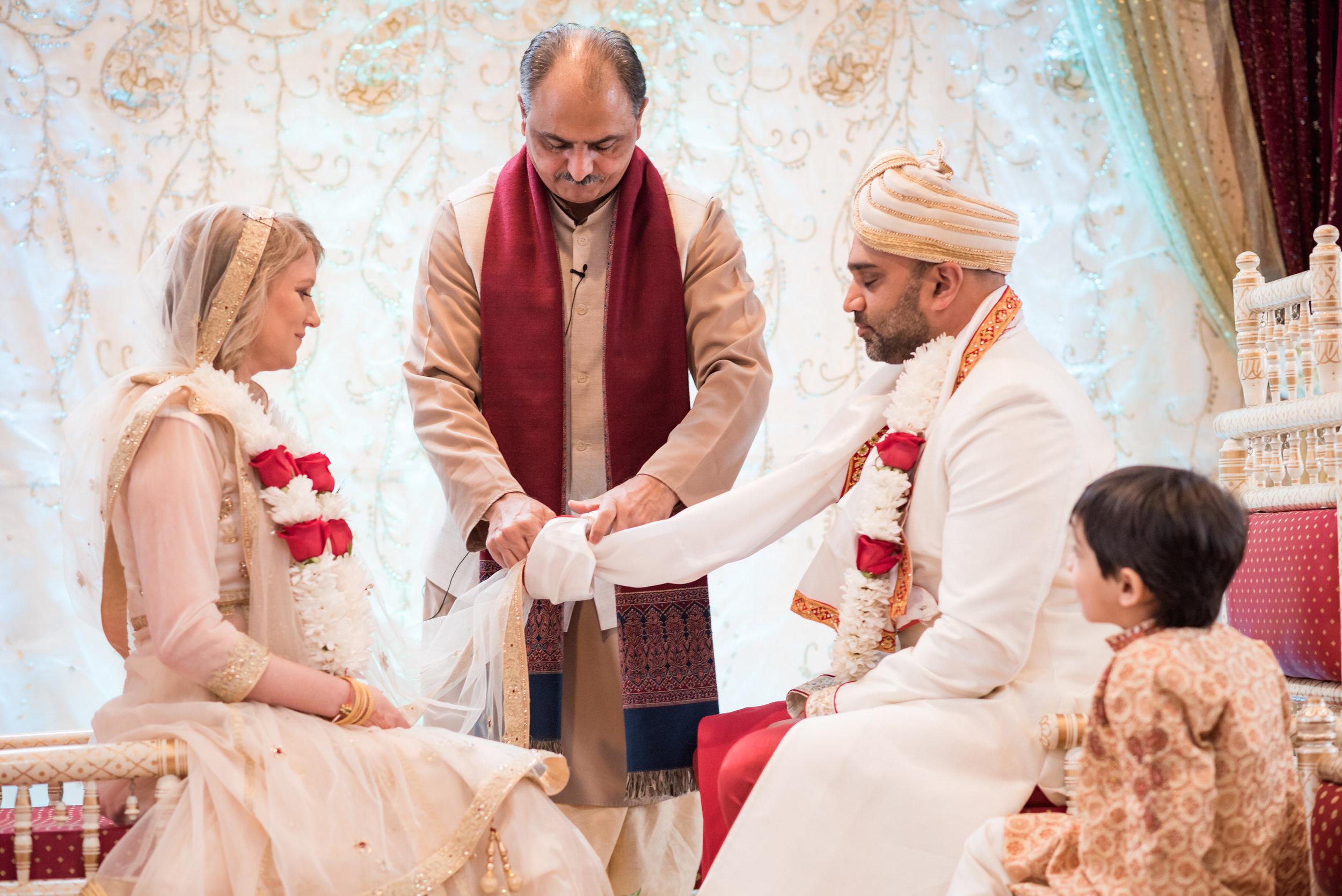 Rebecca_&_Tap_Wedding_Highlights-36.jpg