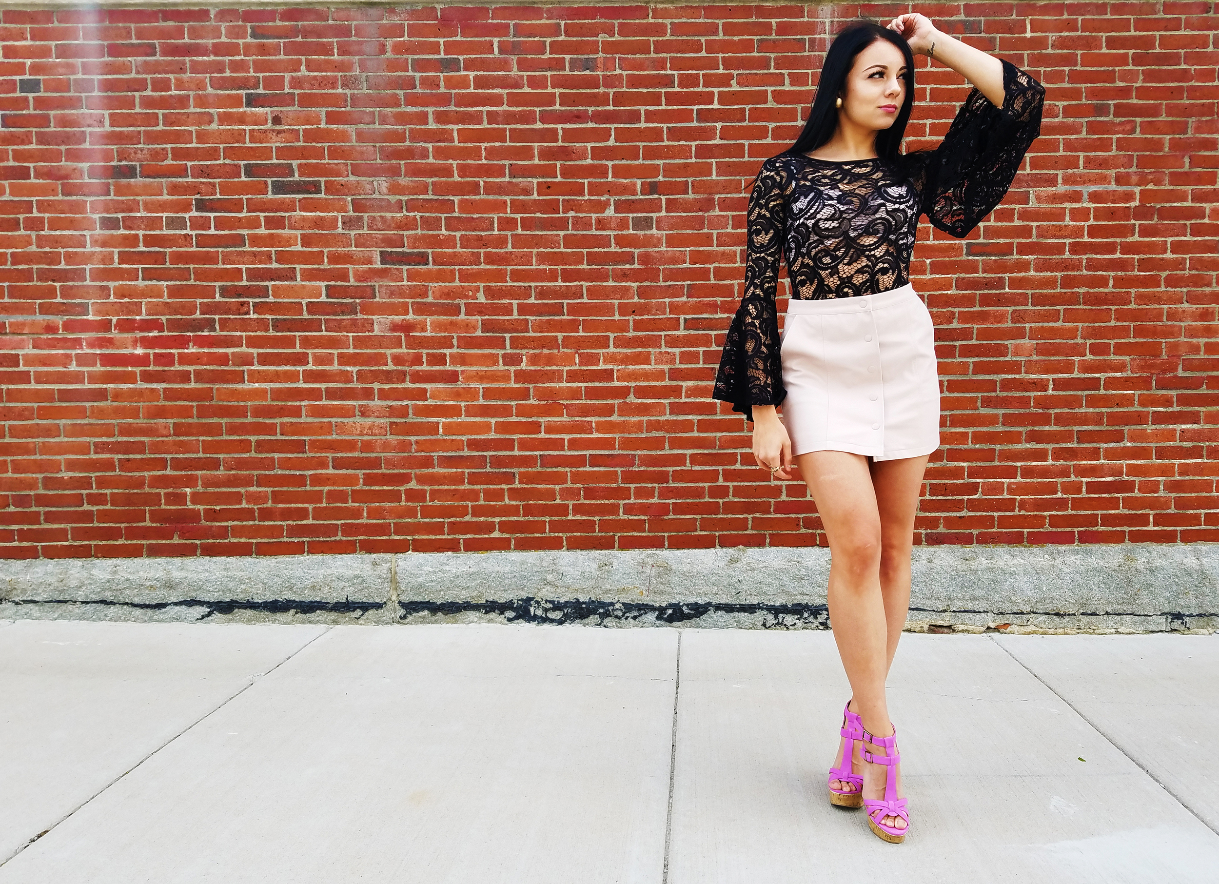 boston blogger fashion trend bell sleeves lace bodysuit