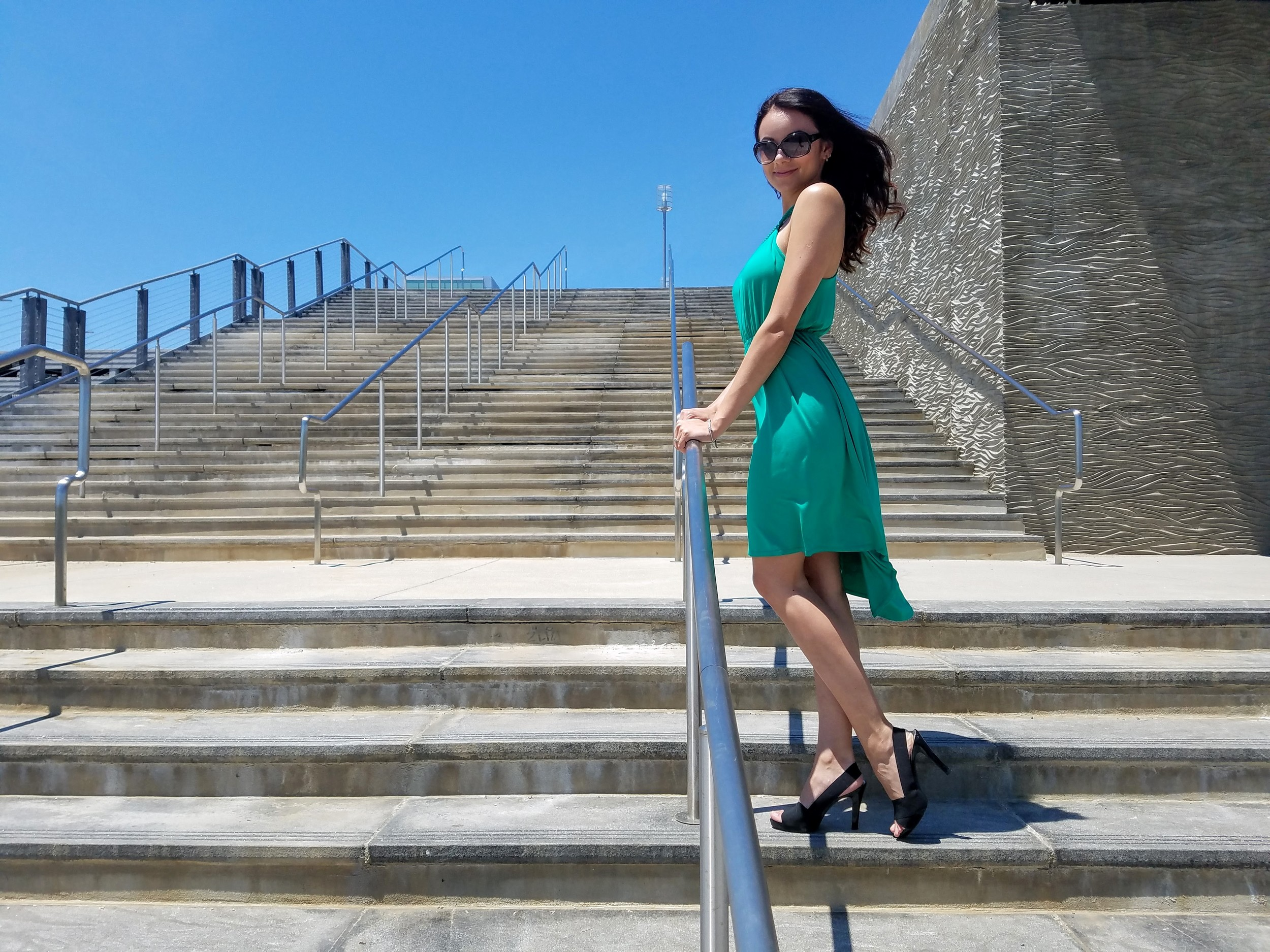 green dress, summer dress, black sandal heels, beautiful weather, summer, fashion, style