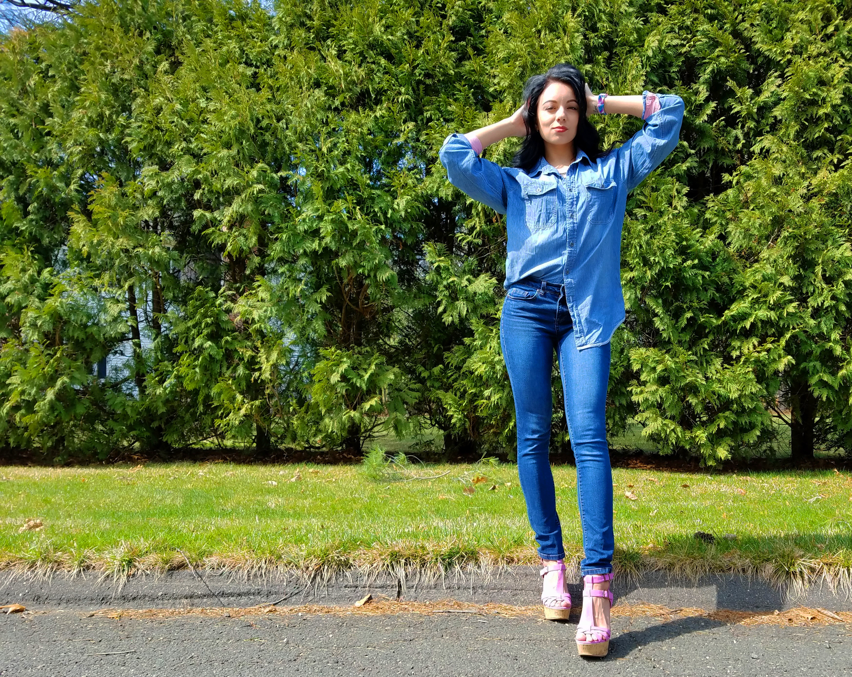 Blue straight jeans that are wardrobe essentials.