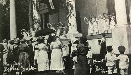 Crowning at the May Day celebration, Daphne, AL 1918