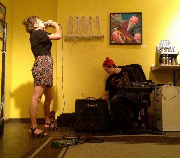 Whiz Bang @ Smooooooth Bodies Lounge (Circa 2014) - Photo: Jessy Tarnoff