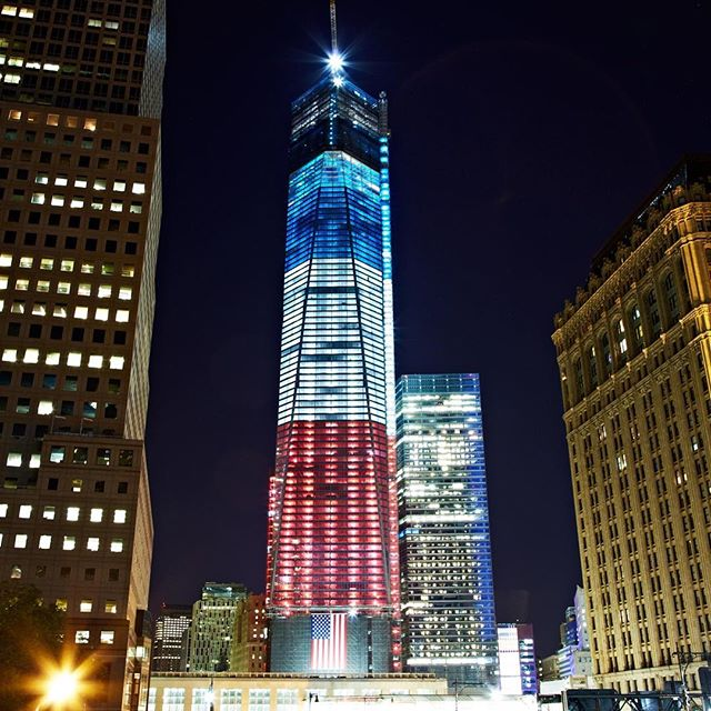 Remembering all the lives lost and everyone affected by 9/11 🏙❤️🇺🇸 #neverforget #freedomtower
