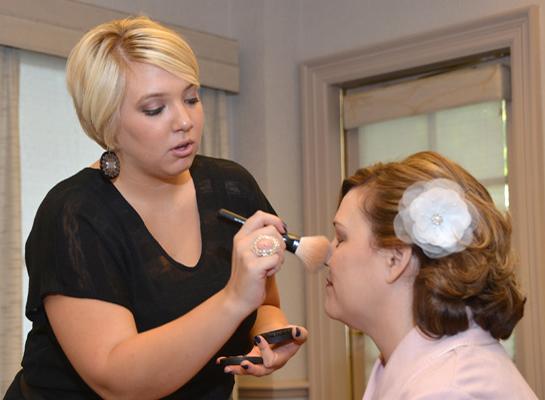 working_bride_makeup_lg.jpg