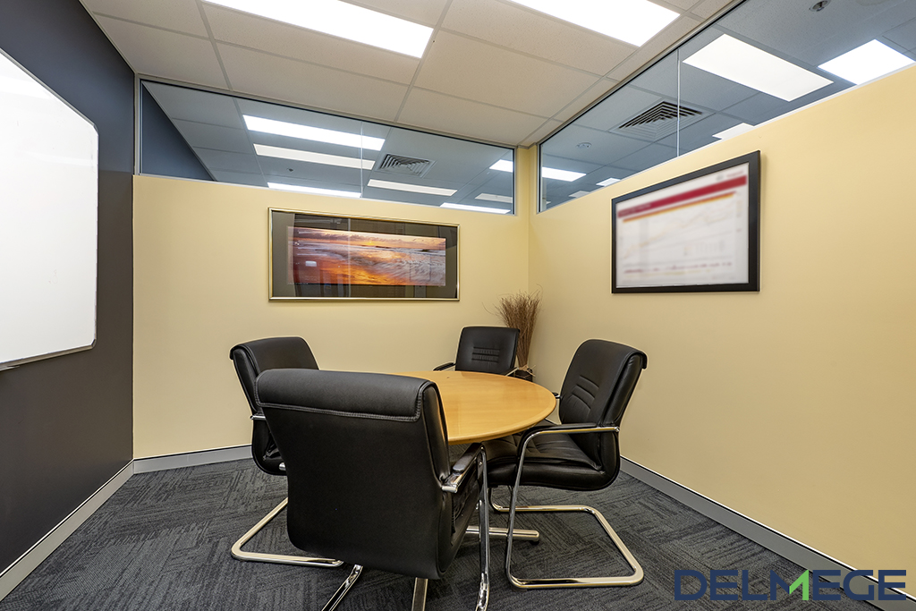 WEB BOARD ROOM.jpg