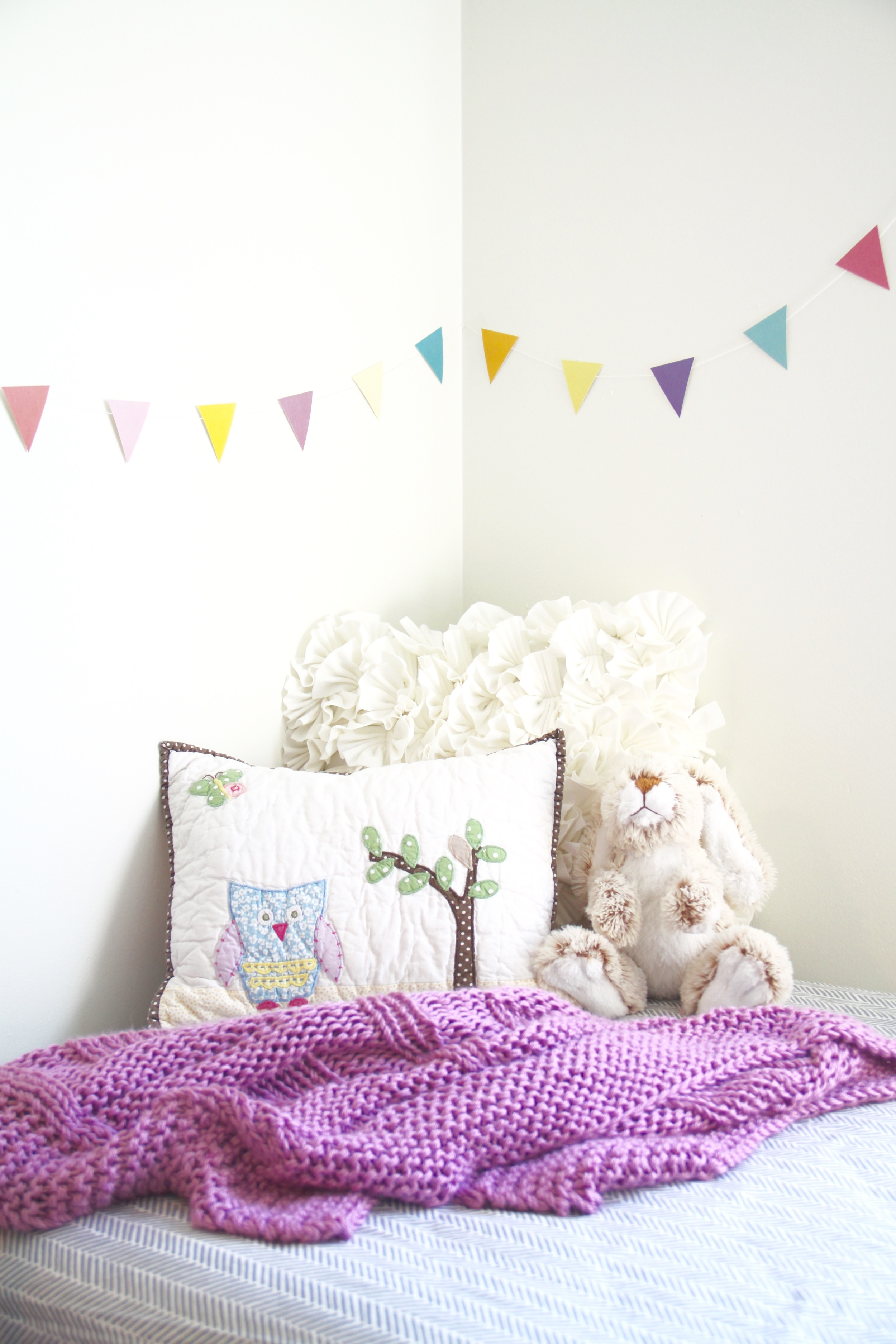 Nursery Daybed Reading Nook