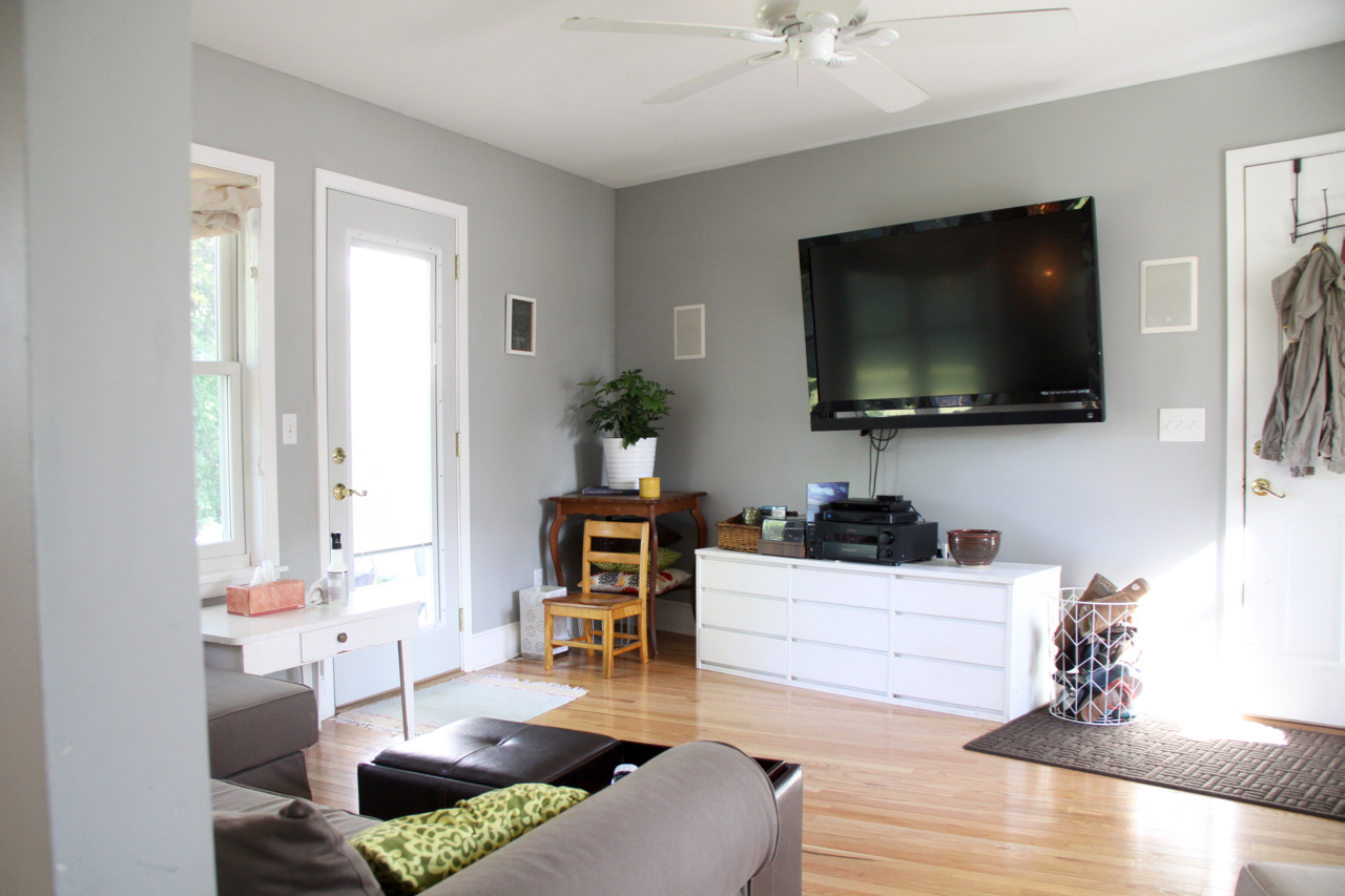 Living Room with Wall-Mounted TV