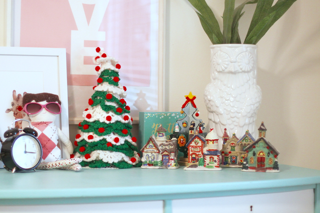 Christmas decorations in children's rooms