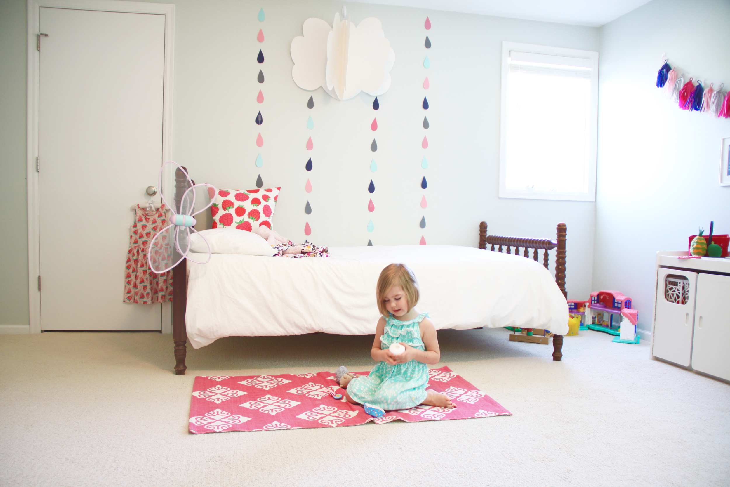 Bright Girl's Room with DIY Raindrops