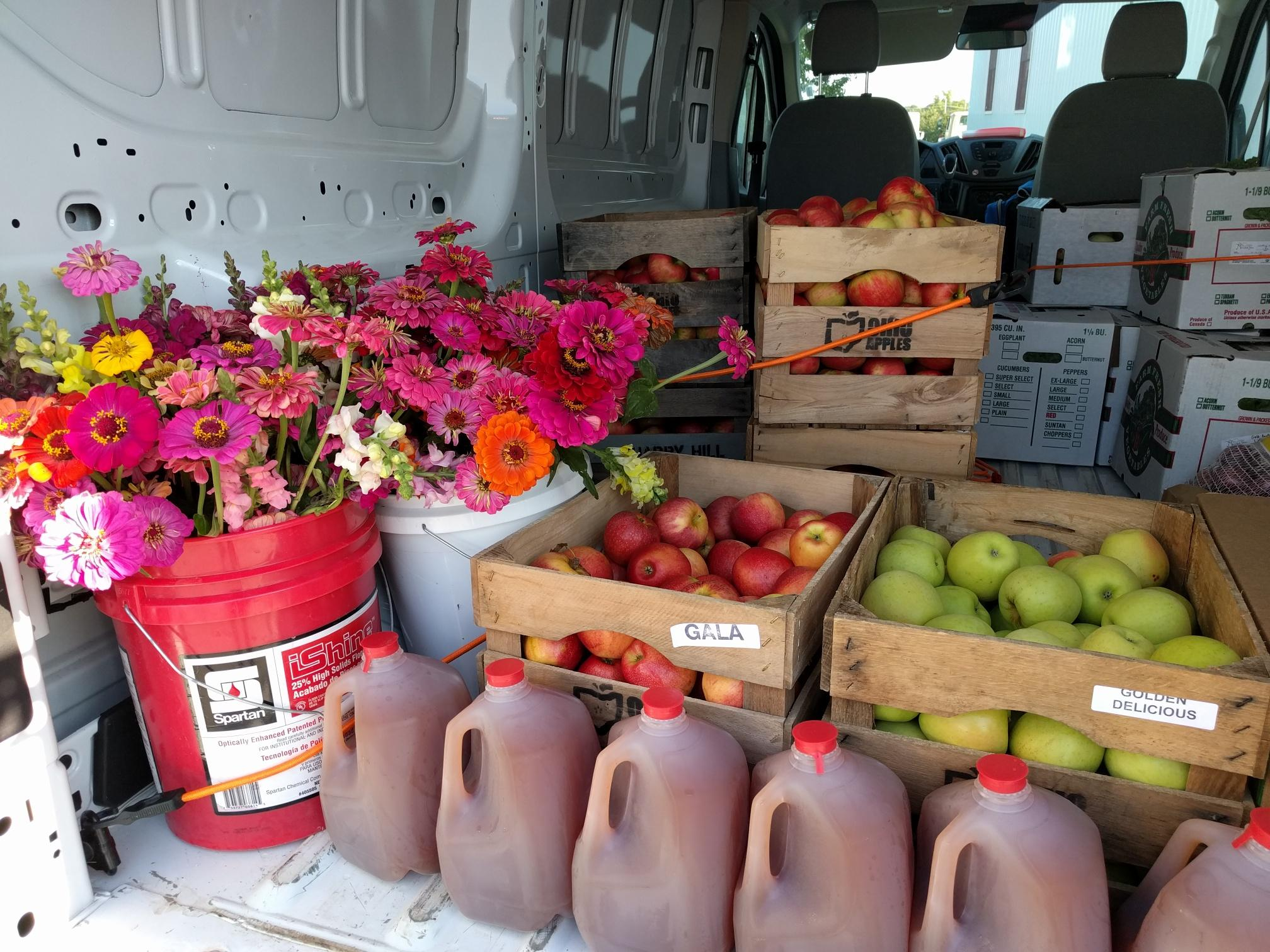 Apples and Cider from Quarry Hill Orchards (Berlin Heights, OH)