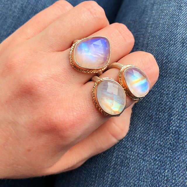 Mystical moonstones ✨🔮 Tap to find out where you can buy #rainbowmoonstone #madebyhand #jjpowerrings