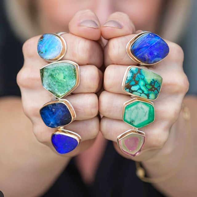 Playing out the weekend with punches of big, bold color. 👊🏼 💙💚 Available @quadrumgallery #gemstonerings #oneofakinds #jjpowerrings
