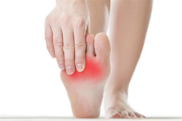 gold coast foot centres heel pain.jpg