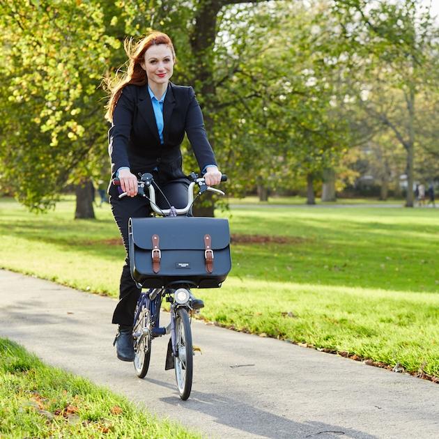 Earl bike bag for the Brompton C Frame enjoying the autumn sunshine.