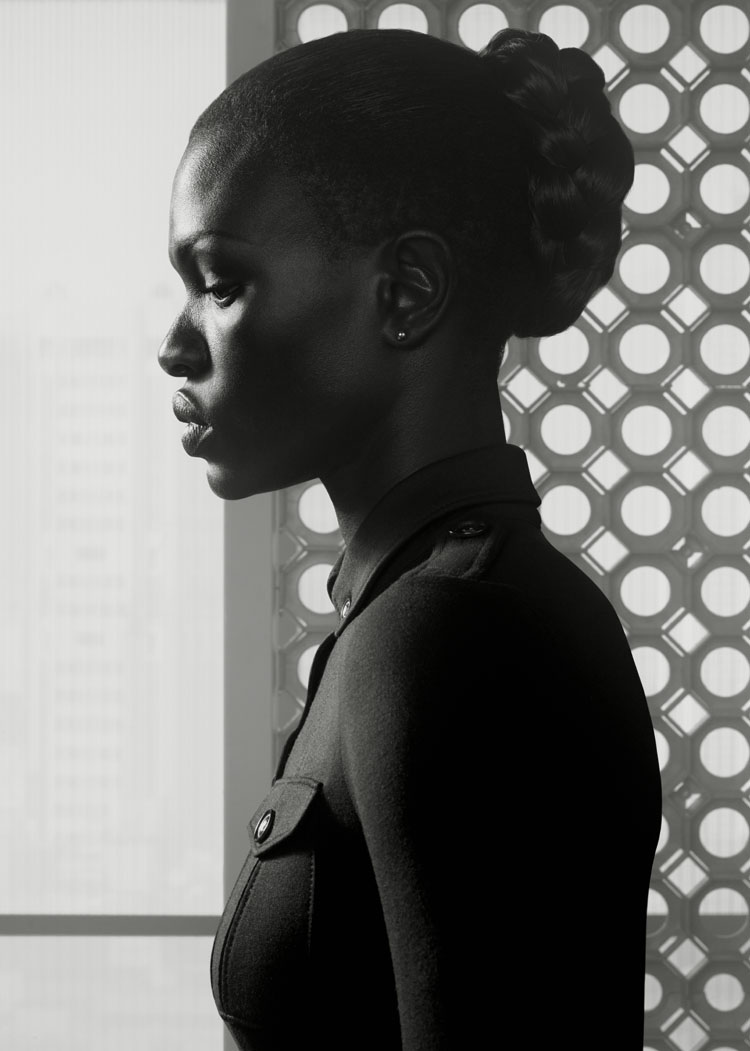 Erwin Olaf, Portrait 1, Nairobi, 2015,Paris - Courtesy the artist and Rabouan Moussion Gallery Paris