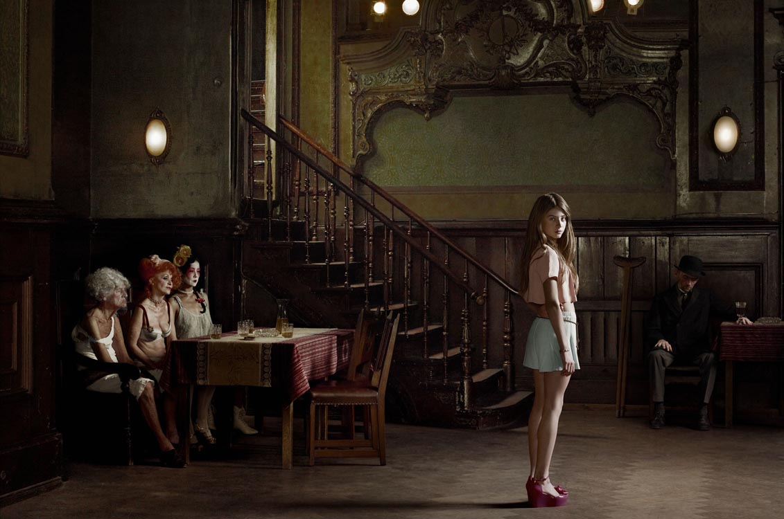Erwin Olaf, Berlin, Clarchens Balhaus Mitte,2012,Paris - Courtesy the artist and Rabouan Moussion Gallery Paris