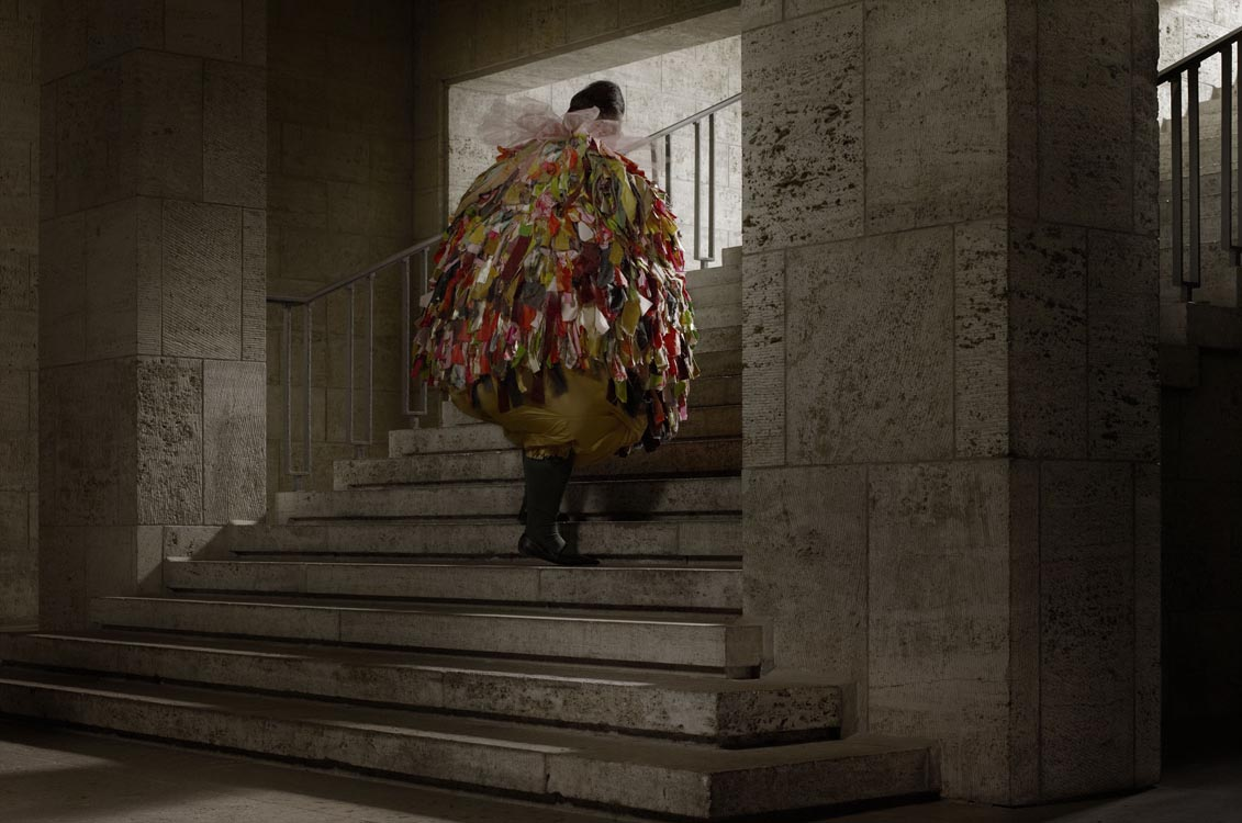 Erwin Olaf, Berlin, Olympia Stadion Westend, 2012,Paris - Courtesy the artist and Rabouan Moussion Gallery Paris
