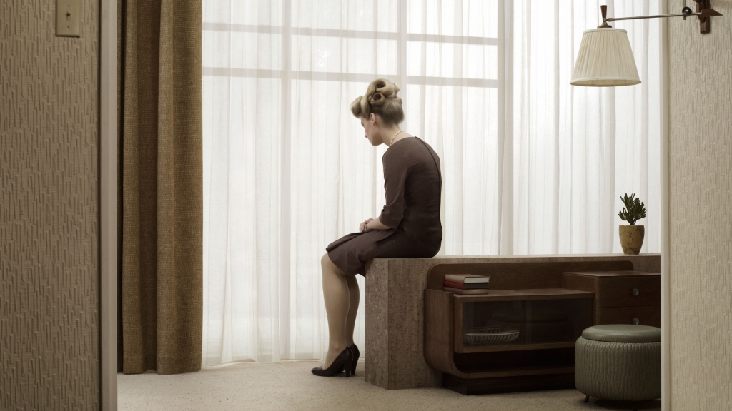 Erwin Olaf, Irene, 2007, Paris - Courtesy the artist and Rabouan Moussion Gallery Paris
