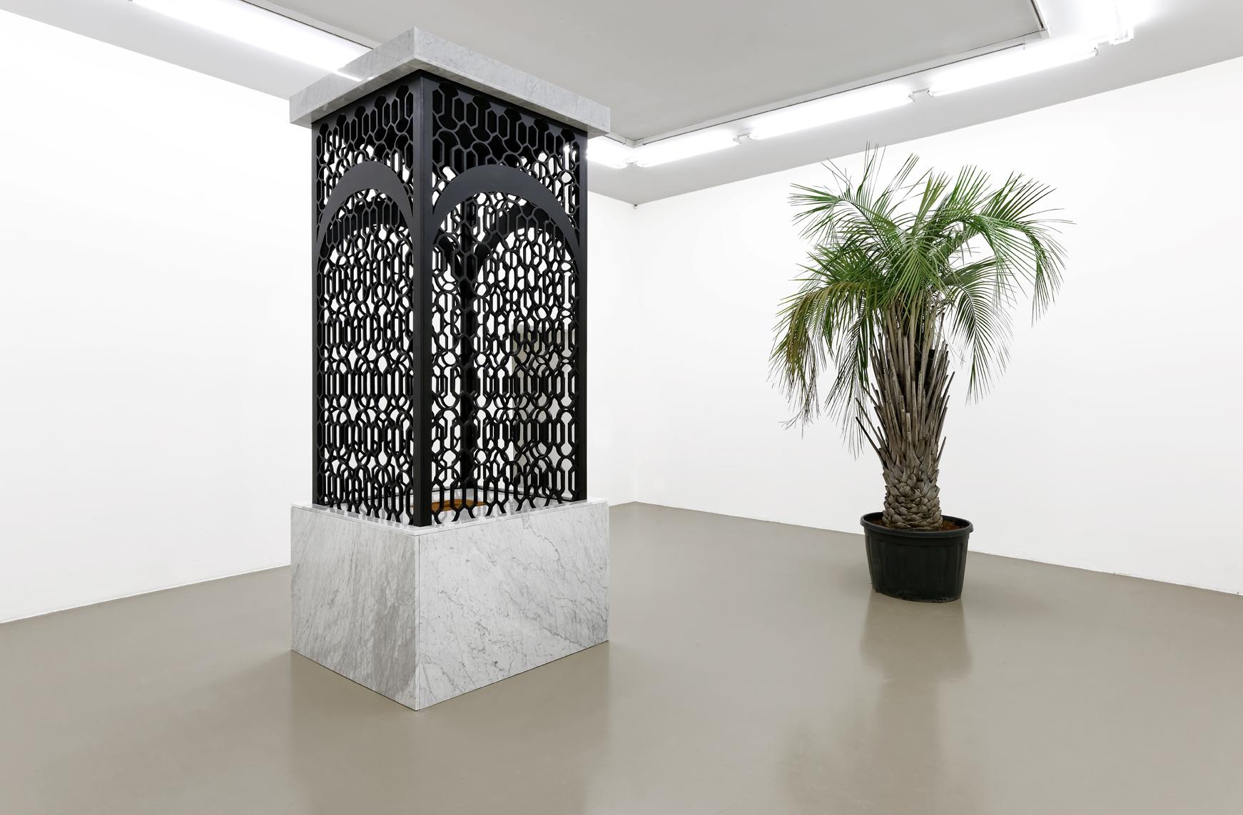 Mehdi-Georges Lahlou,  Les talons d'Abraham, marble, wood, cinnamon, various materials 320 x 180 x 180 cm, 2016 - Courtesy the artist and Rabouan Moussion Gallery Paris