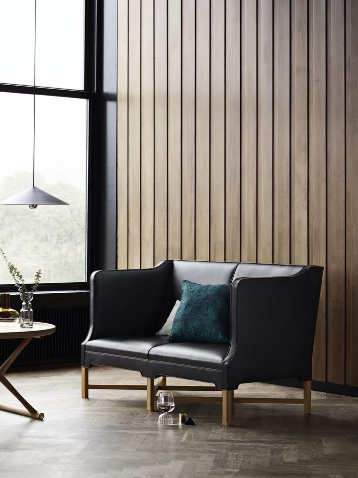 kk41180-oak-leather-detail.jpg