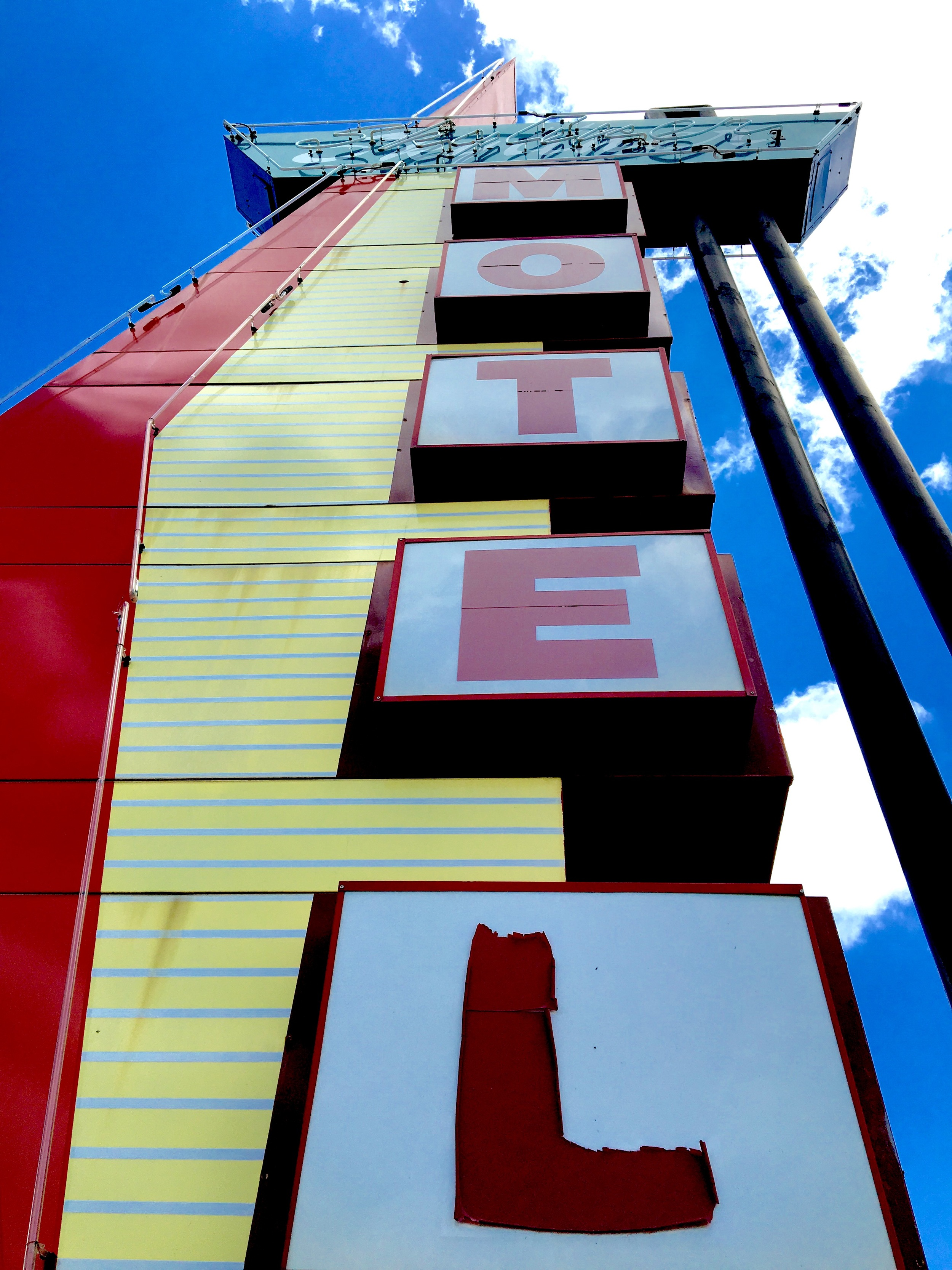 Another fun shot of the  Skyliner Motel's  cool sign in Stroud, OK on Route 66!