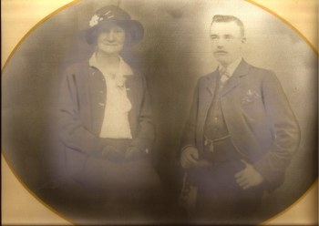Isaac and Emma Timmins who lived in Devonshire Street. He was a boatman. My mother told me he used to bring the horse sometimes up the yard for the kids to see