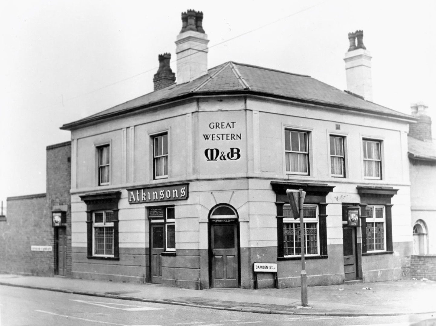 """""""GREAT WESTERN"""" a public house located at the junction of CAMDEN STREET AND GEORGE STREET WEST. Photo 1950s, pub demolished as part of the regeneration of the area 1960/70s"""