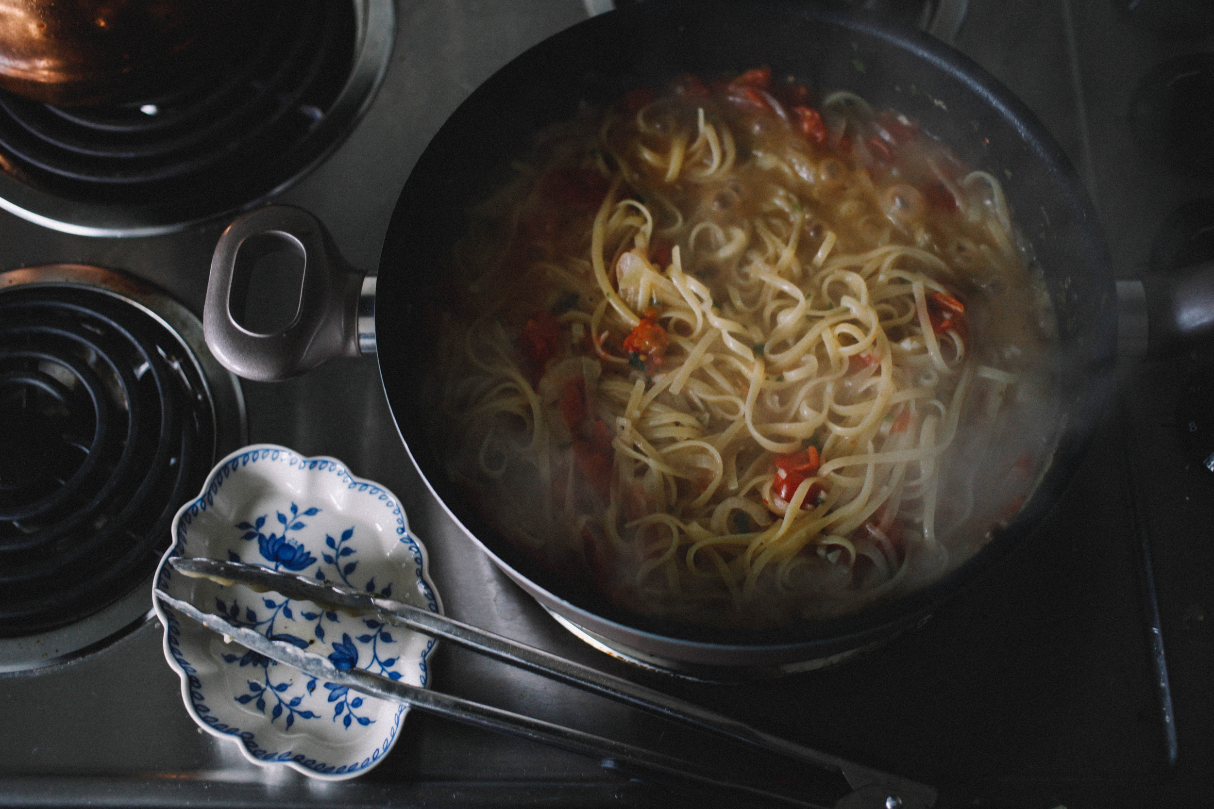 one_pan_pasta_toned-7.jpg