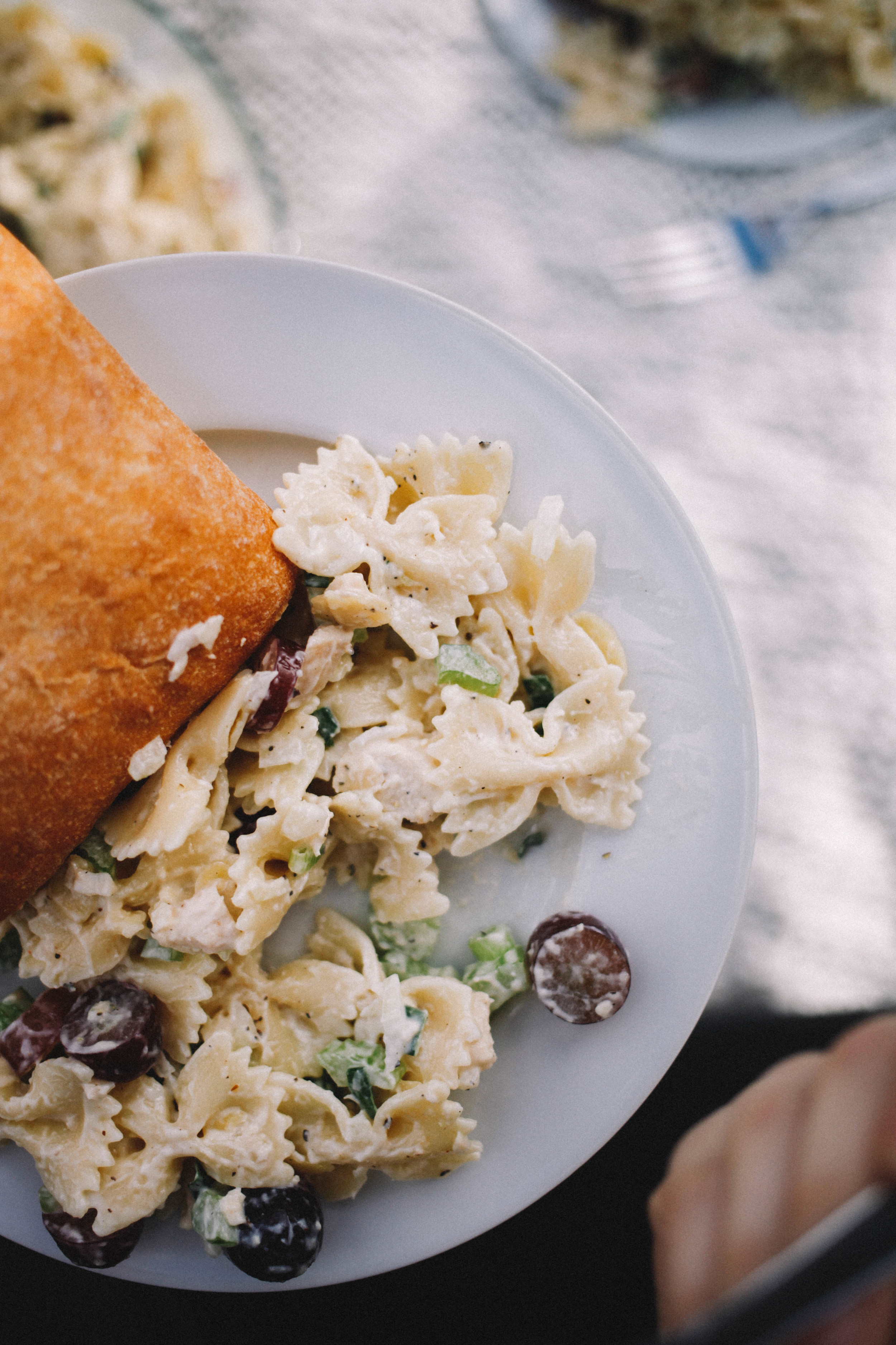 chicken_bowtie_pasta_salad_toned-38.jpg