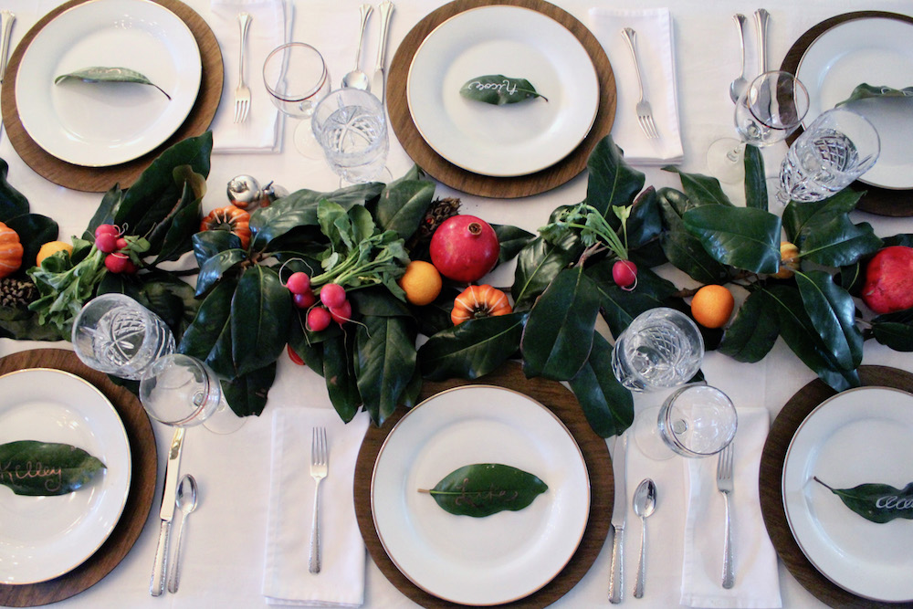 Magnolia christmas tablesetting