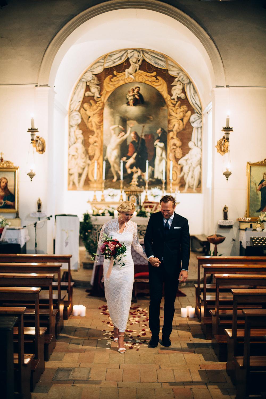 bride-groom-end-ceremony.jpg