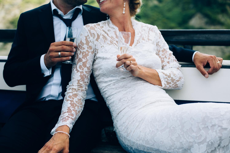 bride-groom-hands.jpg
