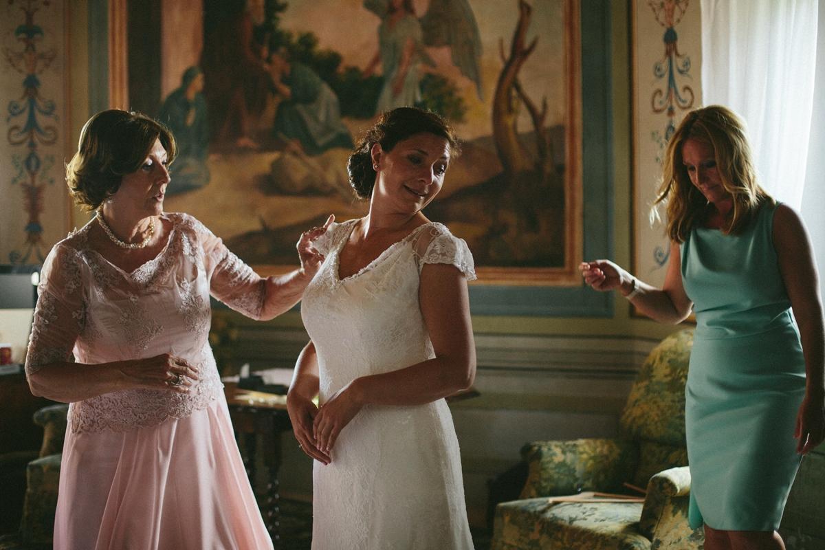 bride-mother-bridesmaid.jpg