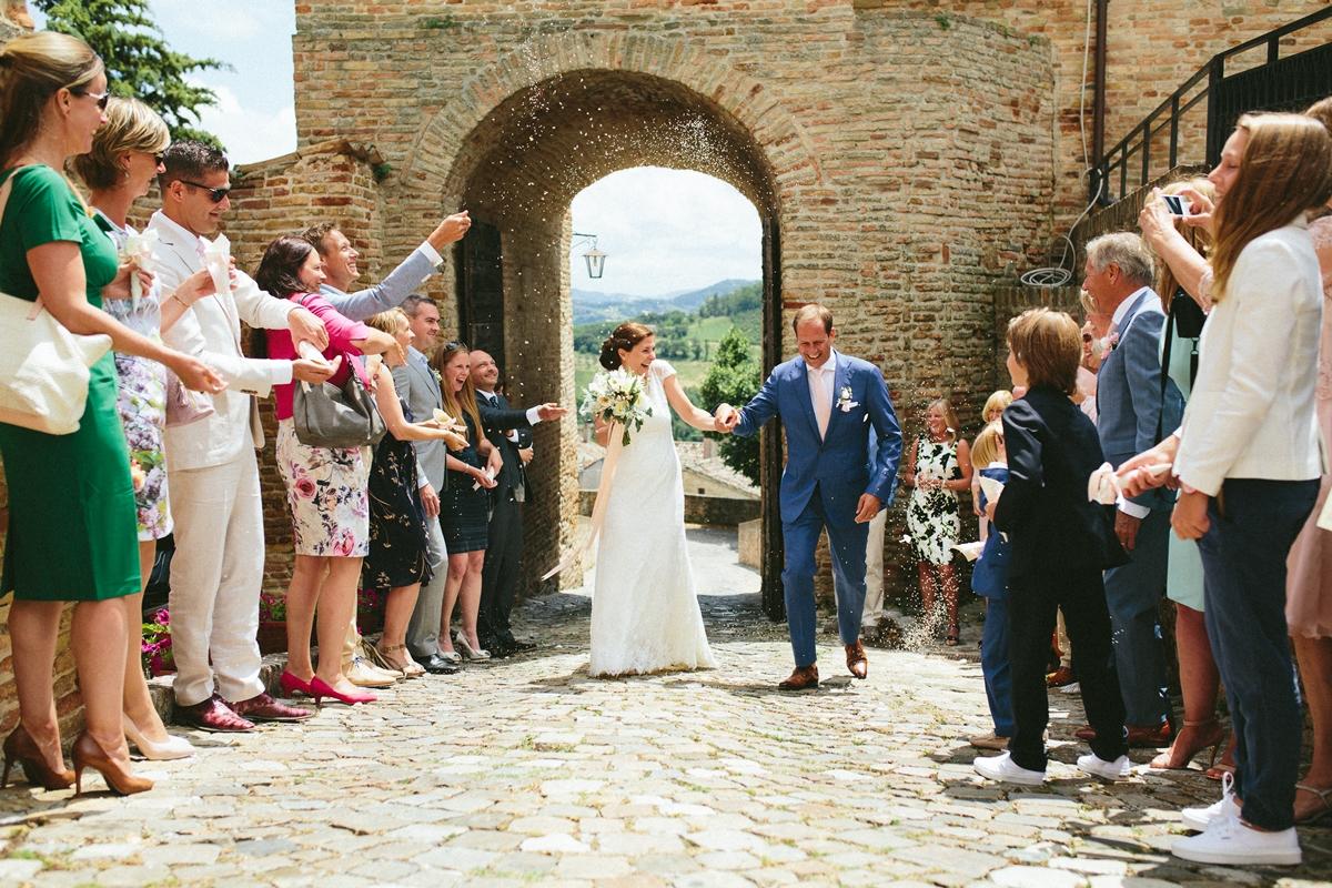 bride-groom-ceremony-montegridolfo.jpg