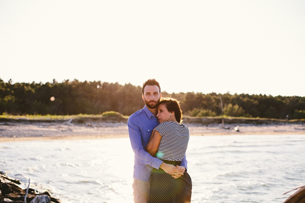 couple-sea-embrace.jpg