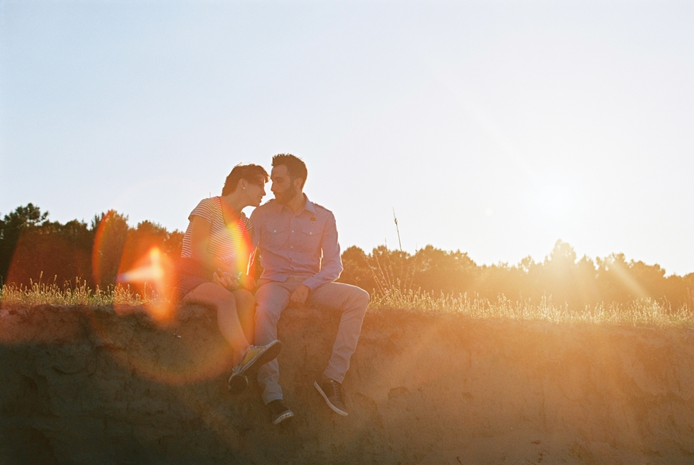 film-sunset-engagement-ektar.jpg