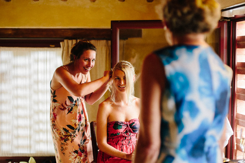 33-bride-smiling-mother.jpg