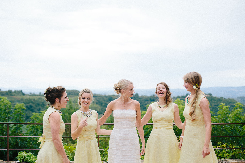 55-bride-and-bridesmaids.jpg