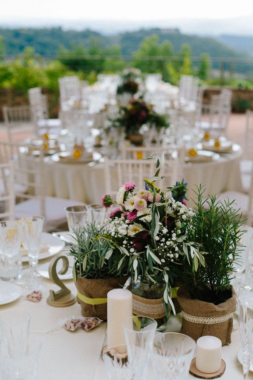 121-borgo-petrognano-wedding-tables.jpg