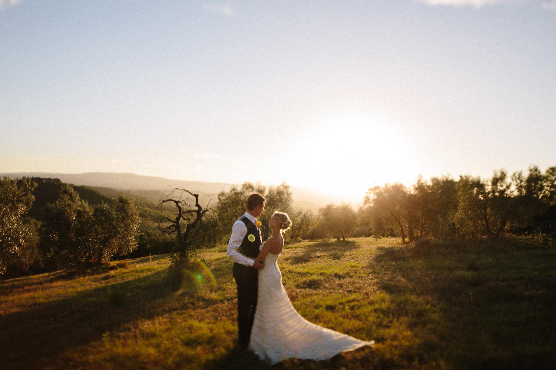 132-bride-groom-sunset-borgo-petrognano.jpg