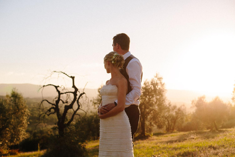 134-bride-groom-sunset-borgo-petrognano.jpg