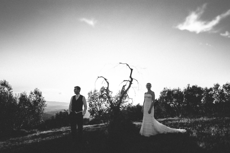 135-bride-groom-sunset-borgo-petrognano.jpg