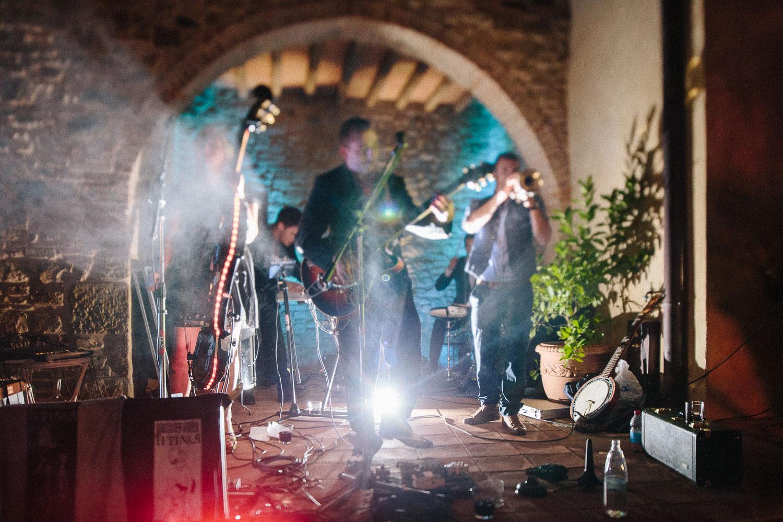 151-wedding-party-borgo-petrognano-tuscany.jpg