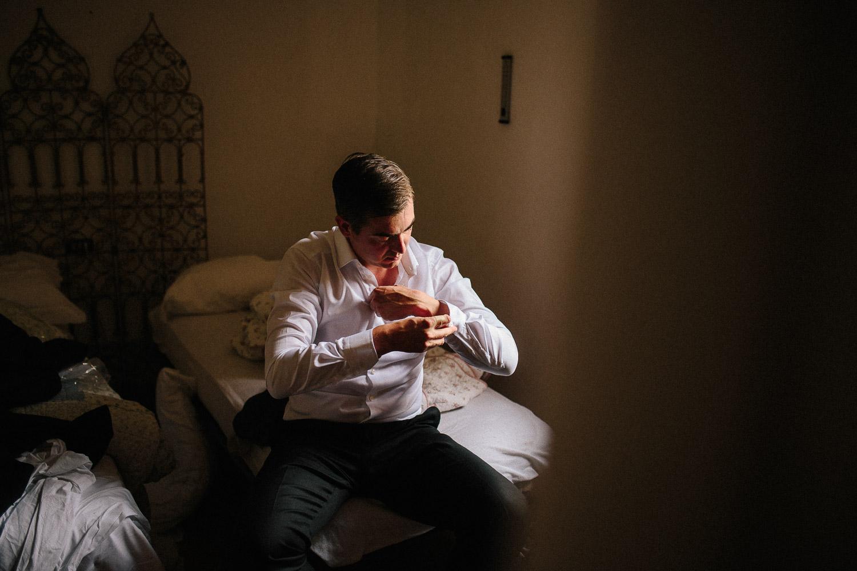28-getting-ready-groom.jpg