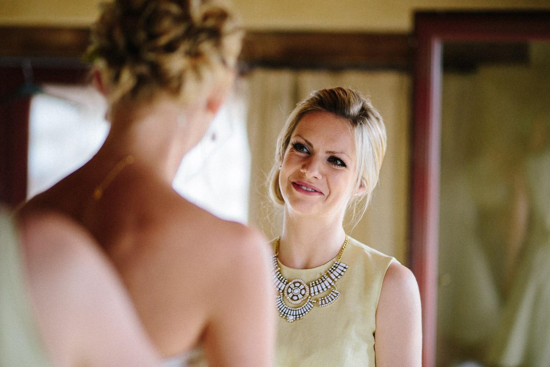 47-bridesmaid-looking-bride.jpg
