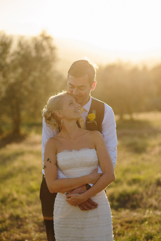133-bride-groom-sunset-borgo-petrognano.jpg