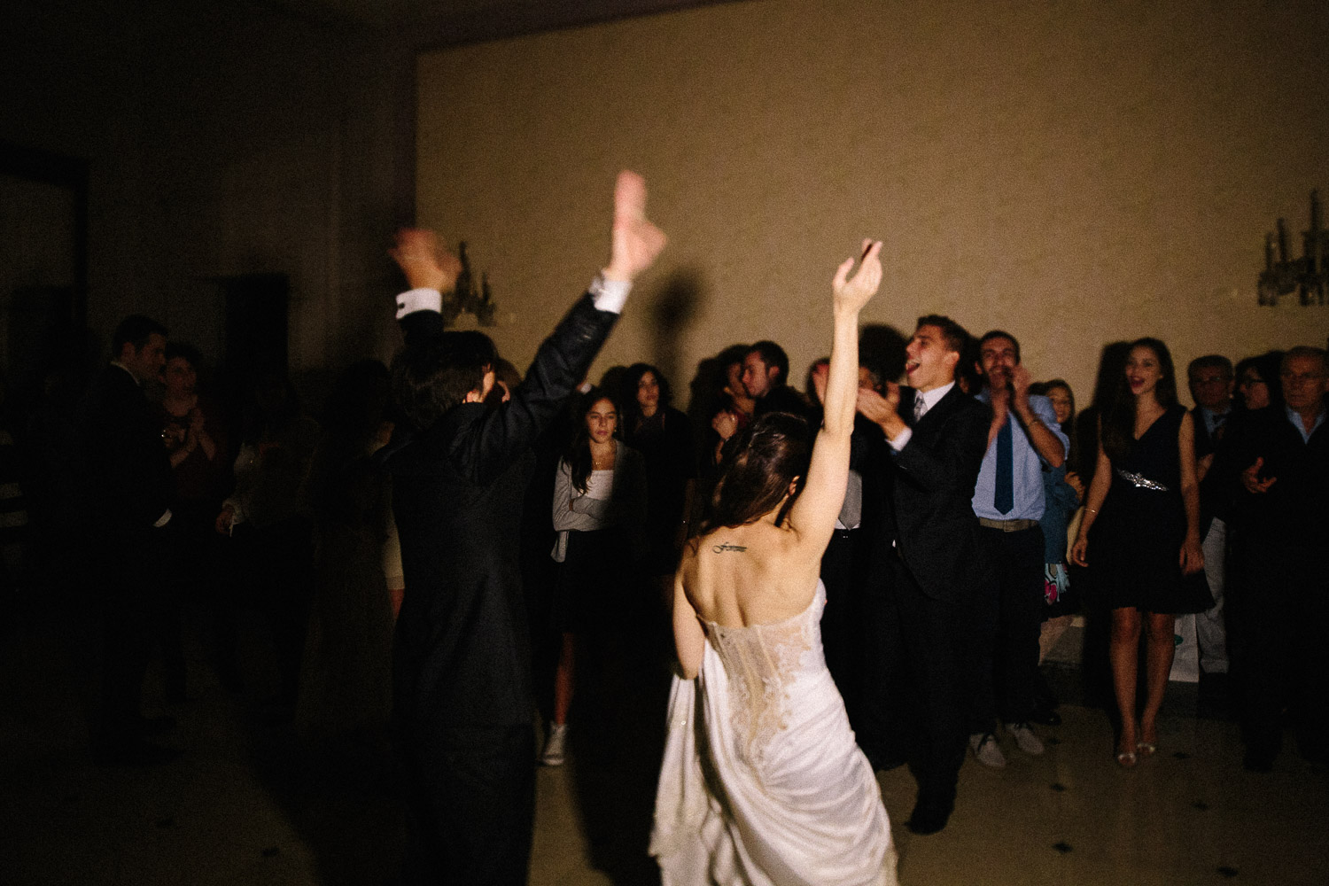 103-groom-bride-dancing.jpg